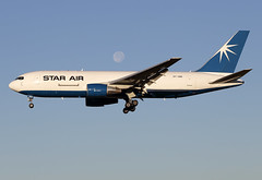 22 juin 2016 - STAR  AIR - Boeing  B 767-200F  (OY-SRK) - LFBO - TLS (gimbellet) Tags: canon airplane airport nikon aircraft aviation airplanes transport aeroplane cargo transportation airbus a380 boeing toulouse aeroport blagnac a330 tls a340 a320 avions atr b767 aeronautique a350 toulouseblagnac lfbo
