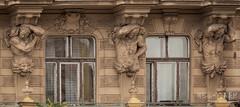 strong... (werk-2at) Tags: urlaub prag architektur fassade moldau skulpturen