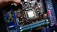 (kabeza22) Tags: pc support fixer working it computer desktop
