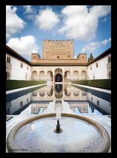 La Alhambra de Granada. Patio de los Arrayanes.