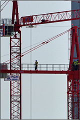 Not a job for the faint hearted! (PaulHP) Tags: london walking crane frame docklands across job faint hearted