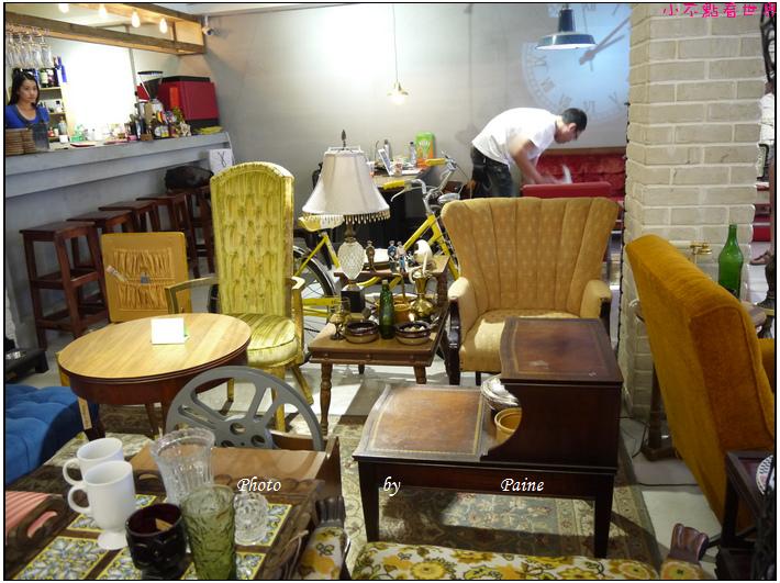 台北東區古董家具咖啡廳Space time cafe (31).JPG