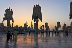 Medina Sunrise (koolandgang) Tags: sun sunrise sony islam sunshade mohammed medina prophet resul muhammed moslem medine mahomet alharam mescidinebevi holymosque hzmuhammedmustafasav kubbeihadra medineimnevvere sonyemount1855mm sonynex5n almasjidalnabawialshareef masjidiprophetic