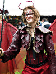 Elf Fantasy Fair 2013, Arcen Kasteeltuin, 244 (Andy von der Wurm) Tags: boy woman man anime holland men netherlands girl closeup female portraits facepainting costume women europa europe dragon dress adult cosplay vampire gothic manga nederland dragons teen masks lolita fantasy hobbits anima hobbit amateur nahaufnahme openair arcen kasteeltuinen limburg elves niederlande elfen wiches steampunk drachen roleplay masken fantasie phantasie amature kostueme kleid elffantasyfair hexen twen kostme 2013 viktorian viktorianisch hobbyphotograph elfia elffantasyfestival andreasfucke rolenspiel andyvonderwurm