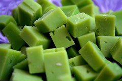 Say Cheeeeeeese ... (OneDjiP) Tags: macro green cheese vert wasabi fromage