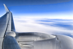 Volareeeeeee (christian&alicia) Tags: sky fly nikon sigma airbus boing 18200 747 d90 christianalicia