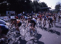 1982 World Cycling Champ047 (Tim Callaghan) Tags: cycling jones 1982 bikes flags kelly 35mmslides roads crowds goodwood lemond saroni worldroadracechampionships