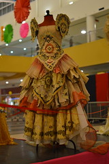 Costumes (K A J O) Tags: costumes dress philippines filipina filipiniana filipiana marionpaulbaylado