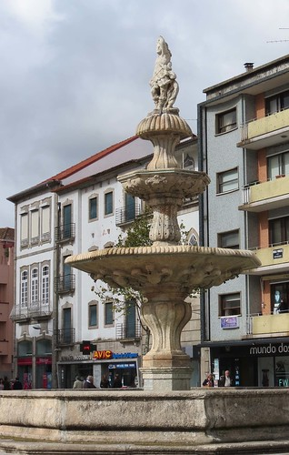 Town Square Fountain, Barcelos, Portugal