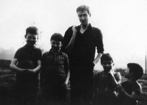 George Campbell and Kids Springburn Park 1950s