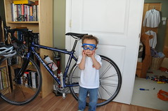 HHC_4949 (not4amin8) Tags: christmas blue boy smile bike december goggles young victoria 12 hugo sammy 2008 curlyhair hhc 18200 d300 18200vr december2008 200812