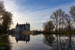 """Château de Sully-sur-Loire (Oric1) Tags: france sange sullysurloire arbres château ciel eau landscape loire loiret miroir nuages oric1 paysage reflection reflet river tourisme water img0570jpg """"middle ages"""" middleages francelandscapes sigmaart1835mmf18dchsm jeanlucmolle sigma1835mmf18dchsmart"""