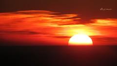 Puesta de Sol desde Medina Sidonia (Alberto Jimnez Rey) Tags: red orange sun sol sunshine yellow clouds de rojo amarillo alberto manuel nubes rey medina puesta naranja calido jimenez sidonia calidez albjr albjr7 alylu