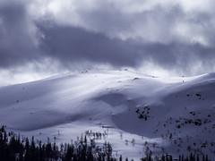 Fjellstlfjellet 1 (eriknst) Tags: winter sky cloud mountain snow ice norway clouds landscape norge outdoor norwegen olympus april 75300mm zuiko fjell mft valdres aurdal