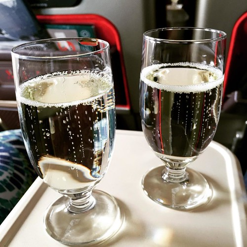 Glass of prosecco before take-off? Don't mind if we do... #virginatlantic #gatwick #airport #plane #prosecco #lasvegas