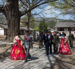 Mariage - Sungkyunkwan - Kaesong (jonathanung@ymail.com) Tags: wedding lumix asia korea unesco asie mariage kp nord northkorea core dprk cm1 koryo sungkyunkwan coredunord insidenorthkorea rpubliquepopulairedmocratiquedecore rpdc kaesng northhwanghae lumixcm1 sungkyunqwan