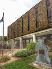 Buffalo County Courthouse- Alma WI (2) (kevystew) Tags: wisconsin alma courthouse courthouses countycourthouse buffalocounty usccwibuffalo