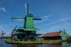 Dutch herritage (Monika Kalczuga (v.busy)) Tags: holland netherlands windmill landscape outdoor zaanse schans  typicaldutch