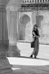 Girl at Red Fort (Rachel Dunsdon) Tags: woman india mono jaipur redfort india2014