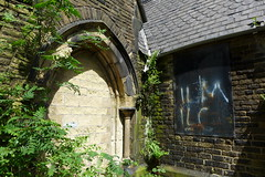 Anglican mortuary chapel, Chadderton Cemetery (looper23) Tags: cemetery graveyard may chapel oldham anglican mortuary 2016 chadderton