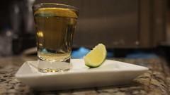 Tequila sua linda... (raquelsatim) Tags: tequila bebida doses