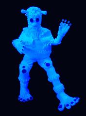 Give Me Five (Steve Taylor (Photography)) Tags: blue newzealand black art feet wool fashion wow design eyes knitting hand alien nelson suit nz southisland antennae kneepads worldofwearableart worldofwearablearts