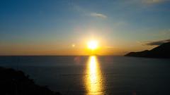 Pr do Sol (Lelisvaldo A. Gomes) Tags: sun sunset photos jholmundo photography lelisvaldo prdosol vero paisagem anoitecer pordosol sol sosebastio sopaulo brasil br