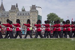 Guards Arriving at the Hill (Stephen Gardiner) Tags: ottawa ontario 2016 canadaday parliamenthill canada july1 celebration pentax k3ii 100300
