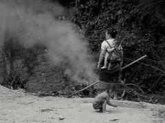 Feu laotien.  Laotian fire (alainpere407) Tags: family fire laos feu viangvieng triptolaos alainpere