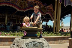 Cash and Elizabeth - Sword and the Stone - Magic Kingdom 5.13 (meanderingmouse) Tags: travel disney cash swordinthestone canonef24105mmf4lis
