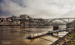 Oporto (Alberto Lamas) Tags: color portugal canon geotagged photography photo photos porto gaia ilustrarportugal