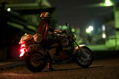 Night Rider (kutsuneko) Tags: bike miniature model doll moto 16 tamiya rider maglight