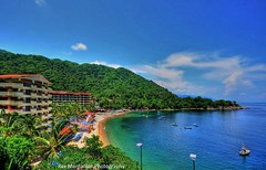 mismaloya beach (Rex Montalban Photography) Tags: mexico puertovallarta richardburton hss movielocation johnhuston elizabethtaylor avagardner nightoftheiguana mismaloyabeach rexmontalbanphotography sliderssunday