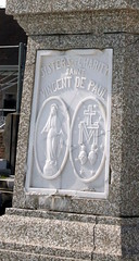 St Vincents- Sisters of Charity monument close1