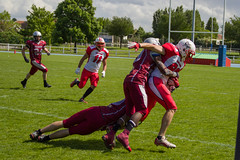 IMG_4908 (Guy Vandenbossche) Tags: foot us hit falcons bron americain