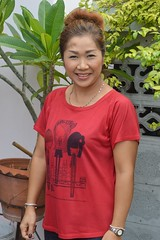 pretty woman (the foreign photographer - ) Tags: red woman portraits thailand nikon pretty top bangkok lard bang bua khlong bangkhen d3200 phrao may212016nikon