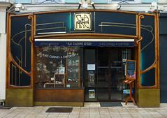 Art Nouveau era storefront - Carre, Rambouillet (Monceau) Tags: france shop artnouveau storefront rambouillet carr