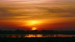 Atardecer en Santa Fe 2016 (Gustavo Fernando Durn) Tags: sunset cloud santafe argentina clouds america atardecer amrica gimp nubes ocaso nube santafedelaveracruz lacapital panasoniclumixdmcfz1000