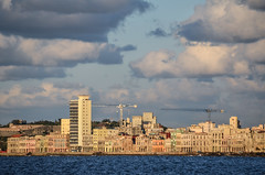 MMR_8829 (www.obstinato.com.ar) Tags: sea island mar seaside havana cuba paseo malecon cuban centralamerica malecn caribe lahabana cubanos martimo 2016