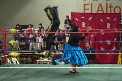 wrestling in El Alto, Bolivia (Bartosz Lisek) Tags: travel people southamerica sport eos wrestling bolivia elalto 24105 amerykapoudniowa 60d