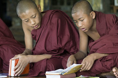 Shwe Yan Bye Monastery - Myanmar (wietsej) Tags: sony monk monastery yan myanmar bye shwe a6000 minolta100mmf28dafmacro