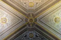 Vatican Ceiling Art (saddy_85) Tags: old italy sun vatican rome history design nikon paint pretty pattern shine sunny carve romans ceiloing d5100