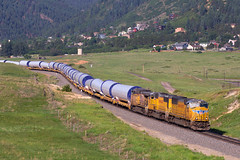 UP 4546 Palmer Lake 18 Jun 16 (AK Ween) Tags: railroad windmill up train colorado unionpacific spruce windenergy palmerlake jointline greenlandopenspace windmilltrain up4546