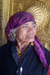 Old Lady from Sarahan (Maulindu Chatterjee) Tags: old portrait people women faces tribal tribe himachal kinnaur sarahan