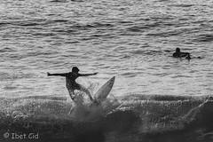 surfing!!!yeah!!!! (ibetcid) Tags: sport nikon europa surf surfing amateur sansebastian basquecountry paisvasco donostia deportes zurriola gipuzkoa euskaherria nikonistas 55300mm d3100