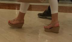 Street feet (535) (I Love Feet & Shoes) Tags: street sexy feet stockings pie shoes highheels sandals tights lingerie heels ps huf hoof bas pieds mules pantyhose schuhe casco piedi meias medias scarpe sandalias chaussures sapatos sandlias zapatillas sandalen  sandales  sabot sandali  strmpfe    calcanhares  fse