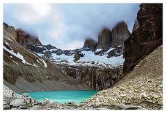 Las torres del Paine y su lago color turquesa (Pap y pelaro) Tags: chile landscape nikon paisaje torresdelpaine magallanes d3100