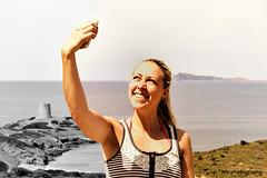 Selfie at Capo Malfatano (MV.photography.) Tags: sardinien sardegna sardinia insel island italien italy italia meer sea mittelmeer mediterraneansea mvphotography selfie selfshot sp71 iphone littlesis littlesister partlybw capomalfatano michaelvitt
