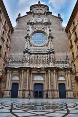 Montserrat Monastery (HDH.Lucas) Tags: spain cathedral lucas espana monastery montserrat 스페인 몬세라트 동형 몬세라트수도원