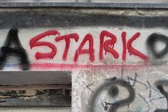 Zwischen A und O (Alte Wilde Korkmnnchen) Tags: streetart berlin schneberg